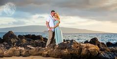 Maui Couple Photographer (brandon.vincent) Tags: portrait panorama love canon hawaii couple bees awesome alien maui romantic wailea