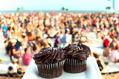 I Keep Hoping to Eat Cupcakes by the Ocean (NEXtographer) Tags: music concert sony alabama musicfestival hangout 2016 apsc canonfd55mmf12ssc emount nex6