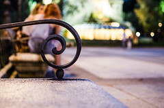 Espiral (natudecheshire) Tags: madrid plaza espaa fountain bench spiral lights luces dof fuente banco espiral pdc