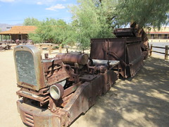 IMG_3151 (christeli_sf) Tags: deathvalley furnacecreek miningequipment scenicdrive