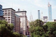 union square dede dsw (liamrsds) Tags: nyc newyork 35mm unionsquare canont70