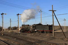 I_B_IMG_7402 (florian_grupp) Tags: china railroad train landscape asia mine desert muslim railway steam xinjiang mikado locomotive ore js steamlocomotive 282 opencastmine yamansu