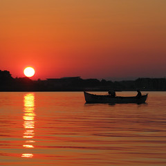 An Evening at the Black Sea - Bulgaria (Been Around) Tags: sunset red sea summer mer evening abend boat meer europa europe mare niceshot sonnenuntergang sommer travellers july eu more bulgaria juli blacksea unescoworldheritage nesebar bul bulgarien nessebar chernomore  nesebur schwarzesmeer   concordians worldtrekker