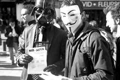 ACTA !!! (StefanoG.com) Tags: white black rollei liberty se noir internet libert anonymous 35 rue blanc reportage acta manifestion anticounterfeitingtradeagreement stefanotofs