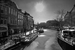 nieuwe rijn leiden (hans van egdom) Tags: winter leiden sneeuw rapenburg