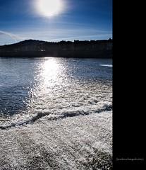 Torr (JavierLorca) Tags: sol rio agua ciudad reflejo calor