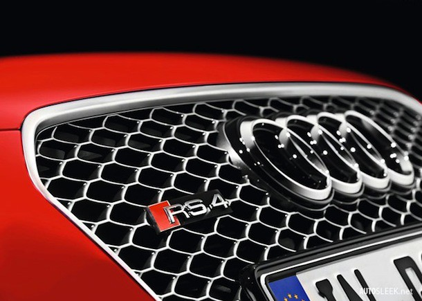 Audi-RS4_Avant_2013_800x600_wallpaper_1d