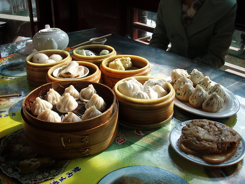 Breakfast in Shanghai, China / Travel Seer