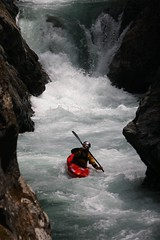 Chiroro split gorge Kayaking extreme Japan