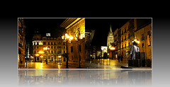 Oviedo nocturno a dos (Aurora3) Tags: collage lluvia esculturas catedral asturias william universidad invierno oviedo nocturnas 2009 brillos audiencia efectos cascohistórico aurofot