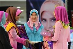Pencarian Model FAREEDA 2012 (Fareed Karim) Tags: hijab flowersofislam fareedascarf pencarianmodelfareeda2012