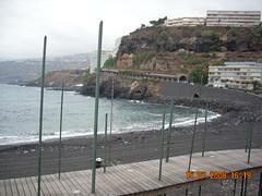 Playa (Santa Cruz de Tenerife) (Aurora Mayorga) Tags: costa edificios oleaje santacruzdetenerife urbano turismo bajamar acantilado urbanismo vegetacin relieve paisajeurbano ocanoatlntico erosin sedimentos orografa equipamiento rocavolcnica sedimentacin hidrologa geografaurbana geografafsica