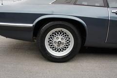 RH rear wheel (Pim Stouten) Tags: auto car restore vehicle jag restoration xjs jaguar macchina coup restauratie wagen pkw vhicule