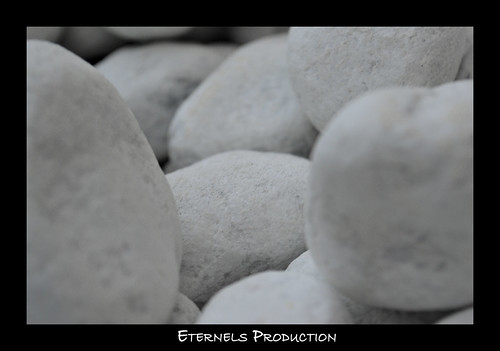 white pebble | Eternels Production