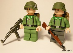 Wehrmacht Infantry WWII LEGO (MR. Jens) Tags: wwii ww2 world war two german germans soldier soldat lego custom stg44 kar98 stg 44 kar98k kar 98 k brickarms germany m36 uniform 1935 1939 1944