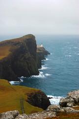 Indicando l'Orizzonte (Wrinzo) Tags: winter sea cliff lighthouse mist skye faro scotland highlands isleofskye hiking highland inverno scozia oceanoatlantico scigliere pioviggine naistpoint