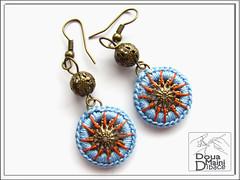 "Crochet earrings  ""Little Wheels"" (DouaMainiDibace) Tags: thread handmade crochet jewelry jewellery textile handcrafted earrings jewelery fiber artisan filigree bijuterii cercei artizanal fantezie crosetat douamainidibace"