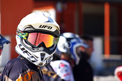 Are you looking to me? (Prof. Ivan Sinopoli) Tags: beach cross moto motocross davoli