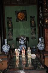 """intrieur de la maison  du pre de """" l'amant"""" (Jean-Louis POTIER) Tags: vietnam orchides lamant"""