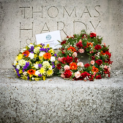 171/366 Happy Birthday, Thomas Hardy - 366 Project 2 - 2016 (dorsetpeach) Tags: birthday england flower statue thomas wreath dorset 365 dorchester hardy hardys 2016 366 aphotoadayforayear 366project birthdaythomas second365project thomashardy2thomas