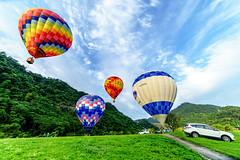 hot air balloon- (Andy-Hsieh) Tags: hot zeiss 50mm sony air balloon carl f2 24mm za a7 ssm planar distagon  a7ii   a72 a7m2 ilce7m2
