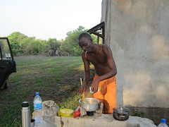 Making dinner at Ikuu Camp (HippoBippo) Tags: tanzania safari africanwildlife mpanda sitalike katavinationalpark ikuucamp katumariver lakechada lakekatavi