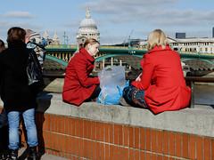 DSC_0044_DxO.jpg (Colin Dorey) Tags: london thames february embankment southwark 2012