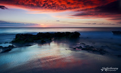 Sunset Glow (heathth) Tags: sunset sea seascape beach coast seaside scenery coastal perth northbeach westernaustralia beachscape nikond90