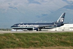 N548AS Anchorage 28/08/11 (Andy Vass Aviation) Tags: anchorage b737 n548as alaskaal