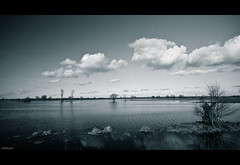 down by the river (=Я|Rod=) Tags: water monochrome reflections landscape raw flood polarizer lightroom wümmewiesen olympusepl1 mzuiko918
