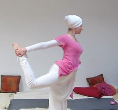 """Full Dancing Posture • <a style=""""font-size:0.8em;"""" href=""""http://www.flickr.com/photos/59177638@N04/6809742058/"""" target=""""_blank"""">View on Flickr</a>"""
