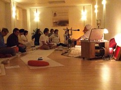 """Mantra Singing • <a style=""""font-size:0.8em;"""" href=""""http://www.flickr.com/photos/59177638@N04/6809766264/"""" target=""""_blank"""">View on Flickr</a>"""