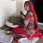 "Bishnoi Woman Grinding Flour <a style=""margin-left:10px; font-size:0.8em;"" href=""http://www.flickr.com/photos/14315427@N00/6815951972/"" target=""_blank"">@flickr</a>"