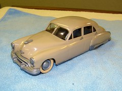 1949 Oldsmobile 4 Door Sedan Promo Model Car  - Dune Beige (coconv) Tags: auto door old classic cars scale car sedan vintage four promo model beige automobile dynamic antique dune 4 plastic 124 49 sample kit collectible collectors 88 promotional eight coupe dealership johan 1949 olds oldsmobile mpc 125 amt eighty smp hubley revell banthrico