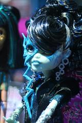 Toy Fair 2012 Monster High 07 (IdleHandsBlog) Tags: toys dolls horror monsters mattel collectibles fashiondolls monsterhigh toyfair2012