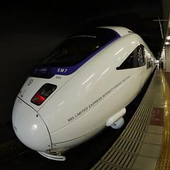 Limited Express 'Kamome' (kamoda) Tags: japan train transport railway jr express fukuoka nagasaki kyushu 2012  kamome  hakata
