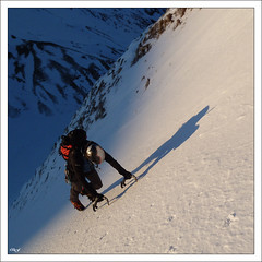 Rattrap par l'ombre (Dino8.) Tags: ice mountaineering glace alpinisme alpinism