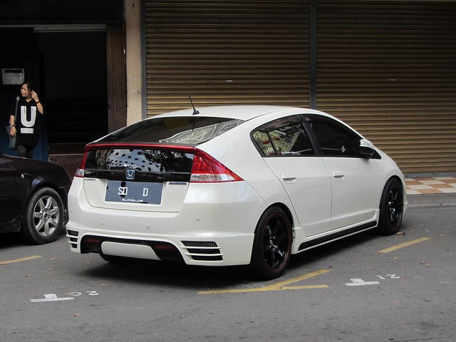 new shadow white cars lines out lights back automobile shiny doors side parking rear automotive vehicles malaysia modified kotakinabalu brake parked boxes hybrid rims sabah tyres modded tricked pimped hondainsight interests bodykit thienzieyung