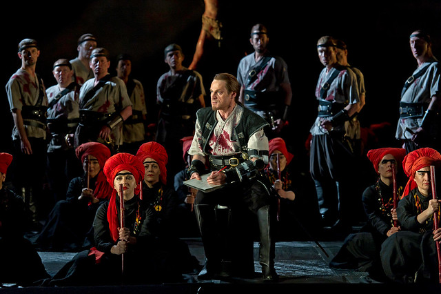 Simon Keenlyside as Macbeth in Macbeth © Clive Barda/ROH 2012