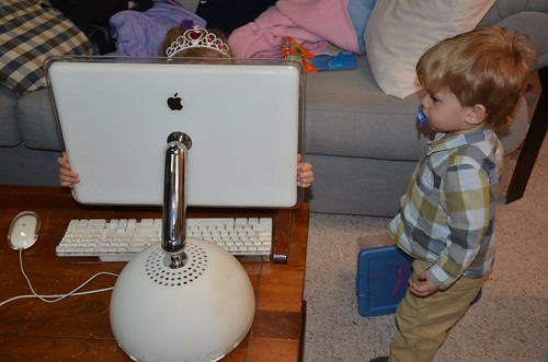 Playing With Our Old iMac
