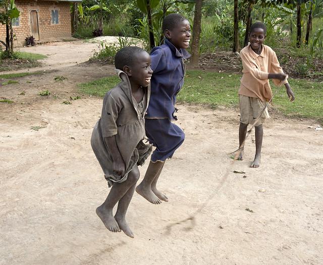 africa-uganda-girls-jump