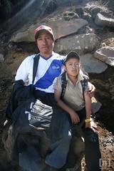 Subida por la Vida ([nelo]) Tags: clouds army hiking guatemala flag nubes bandera fireman gt montaña bomberos redcross ejercito dalmata volcanoe montañismo nelo cruzroja cumbre guatemaltecos volcandeagua sacatepequez guatemaltecas montañistas santamariadejesus laantiguaguatemala