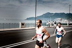 StraSalerno 2012 (sergiofigliolia.it) Tags: leica coast marathon 28mm bib running half m8 runners runner asph amalfi salerno singlet elmarit leicaelmarit28mmf28asph strasalerno