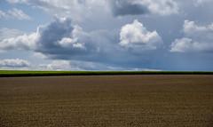 Wolkenspiele (matthias_oberlausitz) Tags: himmel wolken mais acker pfingsten getreide gerste