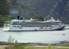 NORWEGIAN STAR (Goolio60) Tags: cruise norway ship passenger fjords geiranger ncl
