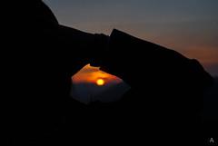 Al sole.... (Luca Angelini) Tags: silhouette luca italia tramonto pietre valeria fiori sanpietro primopiano abruzzo coppia albe ruderi spiga albafucens