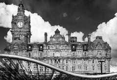 Curve (albireo 2006) Tags: curve edinburgh scotland clock blackwhitephotos blackandwhite blackandwhitephotos blackwhite bw bn nb pb
