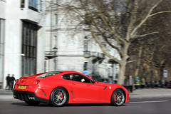 51st. (Alex Penfold) Tags: auto park camera red london cars alex sports car sport mobile corner canon silver photography eos photo cool flickr image awesome flash stripe picture super ferrari spot hyde exotic photograph spotted hyper gto mayfair supercar parklane spotting exotica sportscar 2012 sportscars supercars penfold 599 spotter hypercar v99 60d hypercars alexpenfold v99gto
