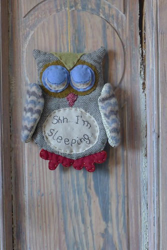 "doorhanger • <a style=""font-size:0.8em;"" href=""http://www.flickr.com/photos/35733879@N02/6827398572/"" target=""_blank"">View on Flickr</a>"