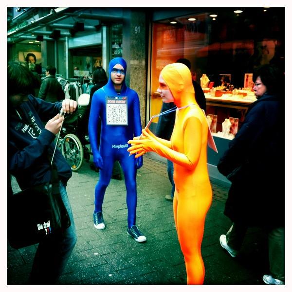 Street Promotion mit Morphsuits und QR Codes